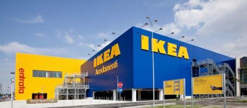 Ikea apre le assunzioni per addetti vendita.