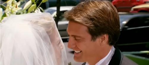 Jerônimo e Renata se casam. (Reprodução/Televisa)