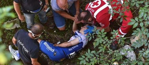 Caduta Evenepoel, la Federazione Ciclista Mondiale apre una inchiesta antidoping.