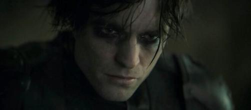 Il regista Matt Reeves lavora a The Batman, protagonista Robert Pattinson.