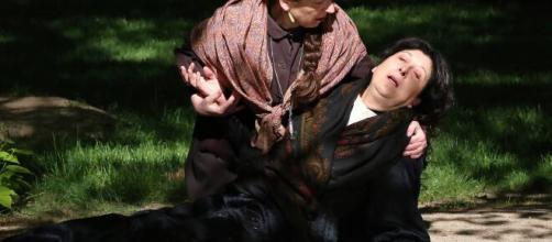 Una vita, trame Spagna: Genoveva mette fine all'esistenza di Ursula.