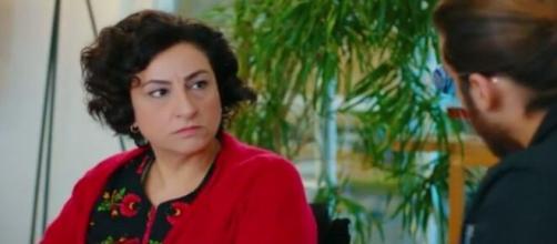 Daydreamer, trame turche: Mevkibe si reca in ufficio da Can per avere delle spiegazioni.