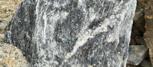 Em Portugal há rochas com lítio.