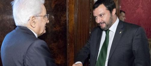 Il capo dello stato Sergio Mattarella e il leader della Lega Salvini