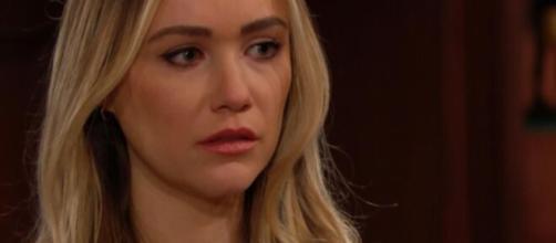 Beautiful, anticipazioni trame americane: Flo confessa che Beth è viva.