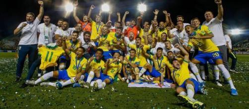 Clubes brasileiros costumam ceder jogadores à base do Brasil. (Arquivo Blasting News)