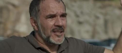 """Germano tentará resgatar Eliza em """"Totalmente Demais"""". (Reprodução/TV Globo)."""