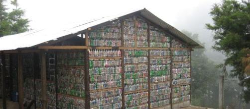 Las casas con materiales reciclados son de lo 'in' en los nuevos estilos de vida