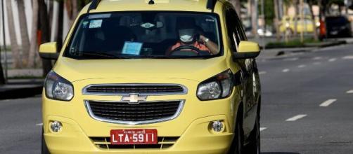 Motoristas profissionais ajudam na mobilidade urbana e enfrentam muitos desafios diários. (Arquivo Blasting News).