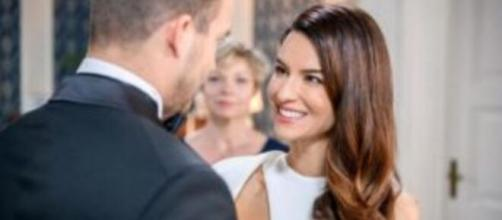 Spoiler Tempesta d'amore: Tim vuole sposare Nadja.
