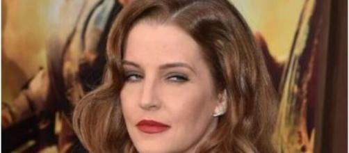 Lisa Marie Presley faces tough day in court with Michael Lockwood. [Image Source: Wikimedia Commons]