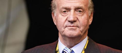 Rey emérito Juan Carlos I deja España ante investigación sobre corrupción
