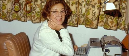 A saudosa Ivani Ribeiro ficou famosa na Globo por sucessos com 'Mulheres de Areia' e 'A Viagem'. (Arquivo Blasting News)