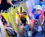 La terribile caduta di Jakobsen al Giro di Polonia.