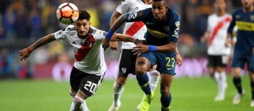 Boca Juniors x River Plate é uma das maiores rivalidades do futebol argentino. (Arquivo Blasting News)