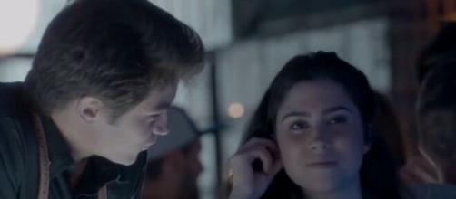 Os dois engatarão um romance em 'Totalmente Demais'. (Reprodução/ TV Globo)