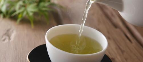 Chás são excelentes alternativas para hidratação e vários outros benefícios. (Arquivo Blasting News)