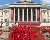 Ativistas ocupam Trafalgar Square, em Londres, para chamar a atenção para mortes de indígenas pela Covid-19 no Brasil. (Arquivo Blasting News)