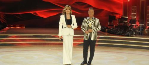 Elisa Isoardi e Tullio Solenghi tra i favoriti per il successo a Ballando con le Stelle.