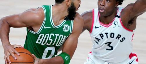 Boston Celtics e Toronto Raptors vão abrir o segundo jogo nas semifinais dos playoffs da NBA. (Arquivo Blasting News)