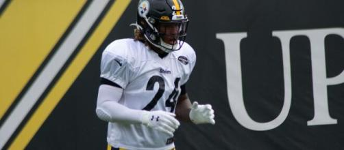 Steelers RB Benny Snell had meniscus surgery and will miss 2 games. [Image Source: Keith Allison/Flickr]
