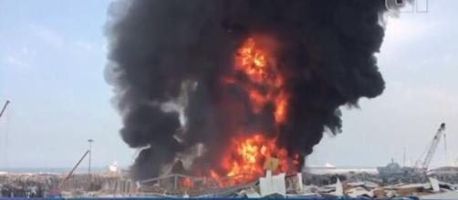 Beirute sofre mais uma vez com incidente no porto. (Arquivo Blasting News)