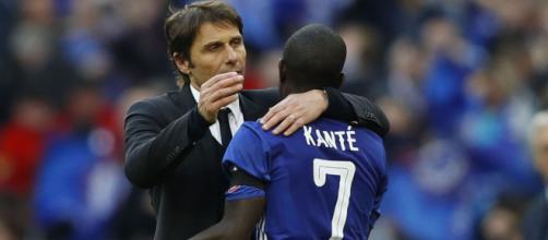 Il Chelsea avrebbe rifiutato l'offerta dell'Inter per Kantè.