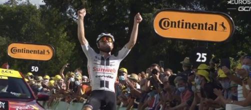 Marc Hirschi, vincitore della dodicesima tappa del Tour de France