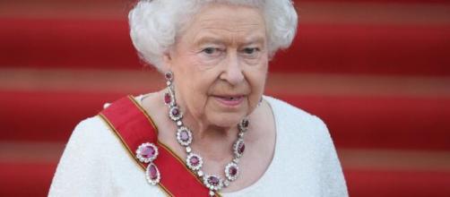 La reina Isabel II es propietaria de Canadá y Australia