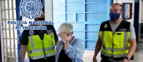 La terrorista italiana Carla Fosser, trasladada por la Policía Nacional tras su captura.