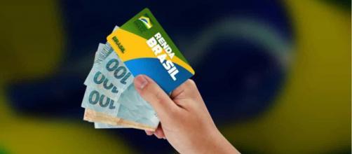 Governo quer incluir Renda Brasil na Constituição. (Arquivo Blasting News)