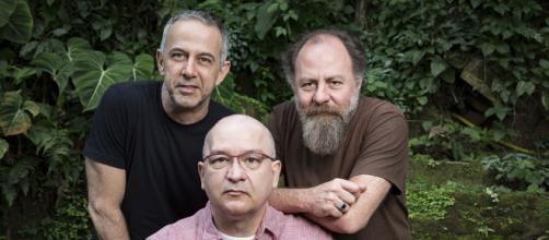 A banda Paralamas do Sucesso é formada por Herbert Vianna, Bi Ribeiro e João Barone. (Arquivo Blasting News)
