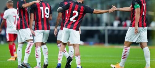 Esultanza dei giocatori del Milan durante il test contro il Monza.