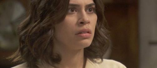 Il segreto, trame Spagna: la marchesa de Los Visos accusa Alicia di essere una ladra.