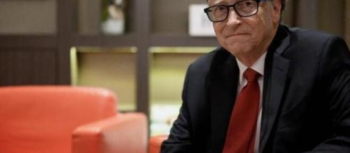 Coronavirus, Bill Gates: 'La pandemia finirà soltanto nel 2022'.