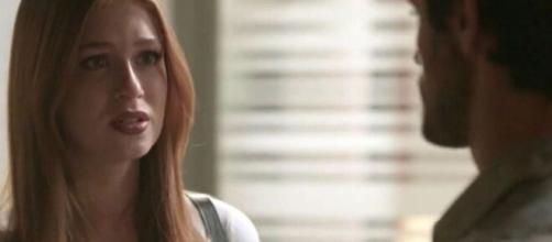 Eliza e Jonatas vão sofrer pela distância em 'Totalmente Demais'. (Reprodução/TV Globo)
