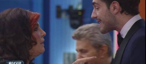 Grande Fratello Vip, Tommaso Zorzi ha la febbre: 'Ho la sinusite'.
