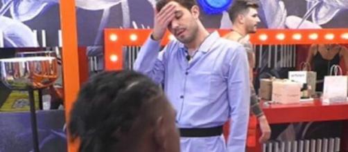 Grande Fratello Vip, Zorzi agli altri concorrenti: 'Mi sento proprio la febbre'.
