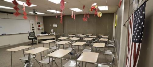 La emergencia sanitaria del coronavirus mantiene en alarma al sector educativo del condado de Nassau, en NY. - telemundo.com
