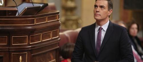 Pedro Sánchez recibió críticas por la gestión de la pandemia de coronavirus en España.