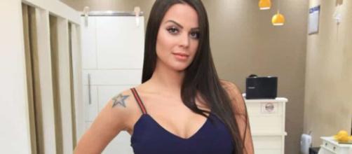 Victória confessa vergonha de andar em carrão de Eduardo Costa. ( Arquivo Blasting News )