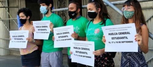 Estudiantes inician huelga en pedido de aulas seguras frente al COVID-19