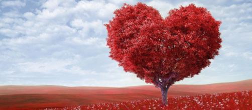 Oroscopo e classifica sull'amore di ottobre: flirt per Vergine, Scorpione passionale.