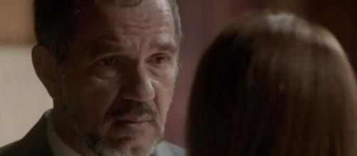 Germano irá dizer que não importa quem é o pai em 'Totalmente Demais'. (Foto: Globo).