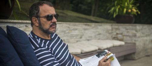 Germano recusa teste de DNA e assume filho de Lili em 'Totalmente Demais'. (Reprodução/TV Globo)