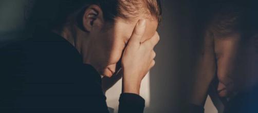 A depressão é uma doença médica que precisa ser tratada com um profissional. (Arquivo Blasting News)