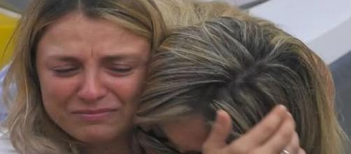 GF Vip, Myriam Catania sente la mancanza del figlio: 'Che ci faccio qui?'.