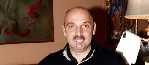 Grande Fratello Vip 5, Paolo Brosio è ricoverato in ospedale: 'Momento non facile'.