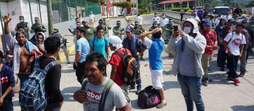 Migrantes en asilos de México enfrentan riesgos de contagiarse con la enfermedad del COVID-19. - elplaneta.com