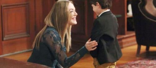 Beautiful, spoiler martedì 22/09: Douglas dice a Logan che sua figlia non è morta.